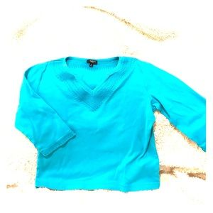 Talbots SZ M v-neck turquoise top with 3/4 sleeve